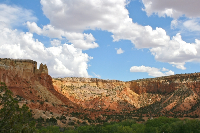 Ghost_Ranch_redrock_cliffs