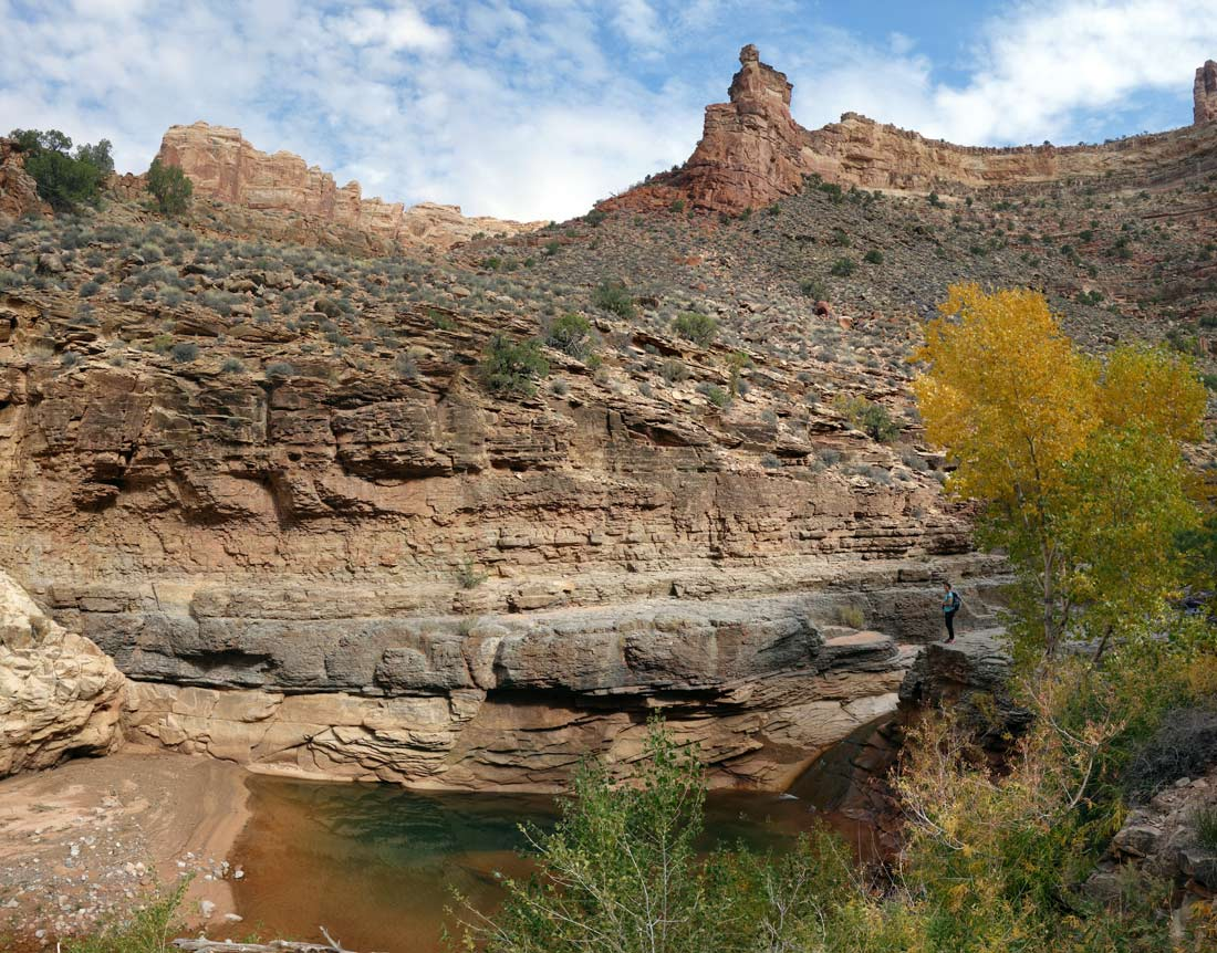 1019-90-DSC02600-dark-canyon-upper-pano-